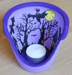 ...überall Fledermäuse  http://bastelzwerg.eu/Halloween-Windlicht-Fledermaeuse?source=2&refertype=1&referid=5
