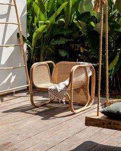 Astonishing Rattan Chair Furniture Design Ideas On A Budget 43 Outdoor Garden Furniture, Rattan Furniture, Outdoor Chairs, Furniture Design, Outdoor Decor, Outdoor Living, Rattan Chairs, Outdoor Ideas, Furniture Decor