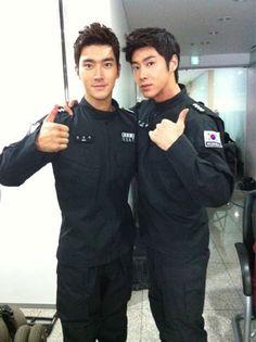 SME's Choi Siwon (Super Junior) & Jung Yunho (TVXQ)
