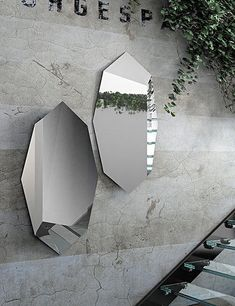 Wandspiegel Design Wall mirror design Whether you are planning a renovation or are just decorating your home, there are many interesting and beautiful Luxury Interior Design, Interior Design Inspiration, Interior Decorating, Wall Mounted Mirror, Mirror Art, Mirror Ideas, Spiegel Design, Tinted Mirror, Interiores Design