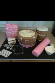 Baby girl shower. That's Cake (Facebook).