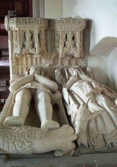 Tomb of Sir Richard Croft and his wife Eleanor, St Michael's Church, Corfe Castle Famous Historical Figures, Corfe Castle, Michael Church, Cemetery Art, Stone Slab, Effigy, Memento Mori, Medieval, Bed Pillows