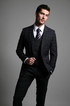 Travis Vulich by Michael Dar (2010) #TravisVulich #MichaelDar #malemodel #model #FordModels #FordModels_Chi #suit #tie