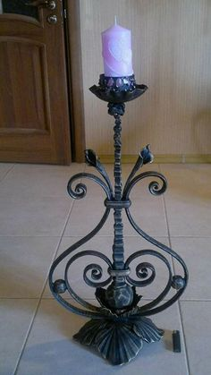 Wrought Iron Candle Holders, Wrought Iron Decor, Blacksmith Projects, Iron Furniture, Metal Structure, Iron Work, Candle Stand, Candle Lanterns, Metal Crafts