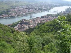 Tournon-sur-Rhône (Ardèche) et Tain l'Hermitage (Drôme) - Rhône Alpes, FRANCE
