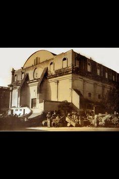 Parte posterior del Teatro Degollado durante los trabajos de instalación de la cantera.