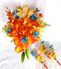 bright-tropical-destination-bouquet-6-piece-set-orange-calla-lily-wedding-bouquet-and-boutonniere-set.jpg (900×1017)