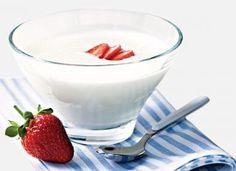 Iogurte já é uma bebida deliciosa, mas pode ficar ainda melhor acompanhado de frutas. Anote a receita