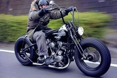 Biker Switchboard   Archives: Motorcycle clubs accuse police profiling