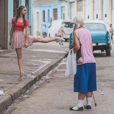This is probably one of my favorite images from my shoots in Cuba. While I was shooting Daniela Cabrera, this elderly woman got really close to her and just stood there watching her for the longest time. I'm almost certain she didn't even notice me shooting. It seemed as if she was reminiscing about her own youth. As she stood, I moved back to adjust my composition and include her into the frame. #OZR_Dance || # || #Cuba / Movement <3