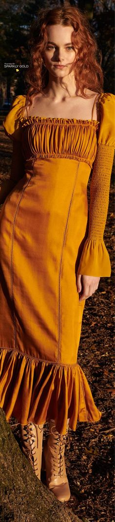 Cinq à Sept Pre-Fall 2018 - I don't know why, but I am in love with this color !
