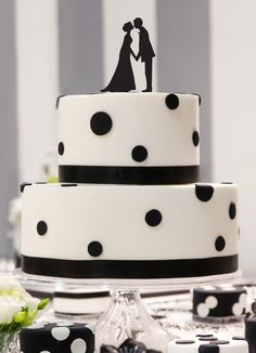 Hochzeitsdeko - Cake Topper Brautpaar - ein Designerstück von dueTori bei DaWanda