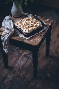 Brownies with salted caramel and toasted meringue