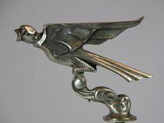 mascotte l'hirondelle : 1930 car mascot