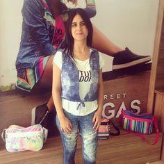 A querida e simpática Elaine ficou ainda mais linda com look jeans que escolheu  Art Stilo, quem usa, AMA. #Artstilo #fitness #euuso #euamo #colecao #inverno2016 #lasvegas #cliente #modelovidareal