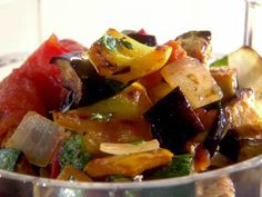 Delicious ratatouille recipe thermomix made just for you! Food Network Recipes, Gourmet Recipes, New Recipes, Healthy Recipes, Easy Ratatouille Recipes, Mousse, Arabian Food, Polenta Recipes, Thermomix