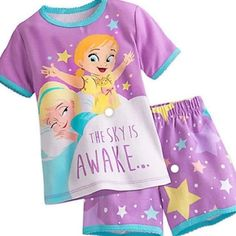 Disney Frozen PJ PALS Pajamas Short Set for Girls: She'll share bright-eyed memories of summer slumber parties in our PJ PALS made in the comfort of pure cotton. Soft knit top and coordinating shorts show sisters Anna and Elsa in younger days. Disney Pajamas, Girls Pajamas, Disney Girls, Baby Disney, Disney Frozen, Disney Nursery, Disney Princess, Cute Frozen, Kids Pjs