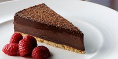 This chocolate tart recipe from Dominic Chapman is a simple-to-make tart that yields brilliant results. Wonderful chocolate flavours combine with orange and hazelnuts. Chocolate Week, Chocolate Filling, Chocolate Flavors, Chocolate Desserts, Chocolate Tarts, Chocolate Hazelnut, Chocolate Orange, Chocolate Cheesecake, Great British Chefs