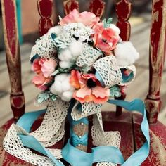 The posy bouquet trend has finally been broken. Say hello to the Rustic Vintage Wedding Bouquet I saw cotton today while looking at flowers with the two cutest brides to be!!
