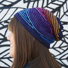 Ravelry: Dazzle Hat pattern by Katy Osterwald (paid) Crochet Hooks, Knit Crochet, Knitting Patterns, Knitting Ideas, Knitting Projects, Knit In The Round, How To Purl Knit, Knitting Accessories, Amigurumi