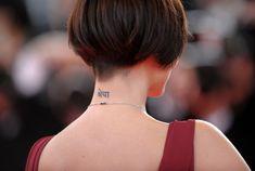 natalie imbruglia short hair | Natalie Imbruglia Lettering Tattoo - Natalie Imbruglia Looks ...