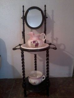 Antique wash basin chamberpot pink  flowers.
