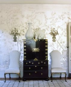 An insanely glamourous vignette by Windsor Smith....