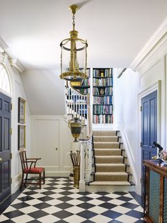 Staircase with built-in bookshelves