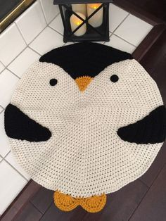 ideas for crochet animal rug Crochet Carpet, Crochet Home, Love Crochet, Crochet Baby, Beautiful Crochet, Crochet Penguin, Crochet Animals, Crochet Pillow Patterns Free, Animal Rug