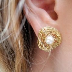 Quick and easy earring make over! (In German with translator)