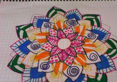 Hola hoy he hecho este dibujo de una flor de pétalos picudos🌼🌷🌻