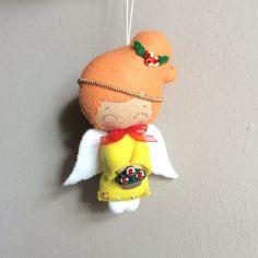 Angelito de fieltro adorno navideño por UnBonDiaHandmade en Etsy Christmas angel ornament Pattern from gingermelon