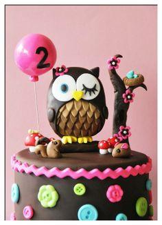 Gorgeous owl birthday cake