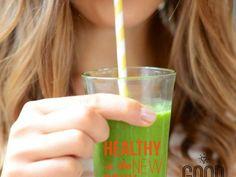 Sabemos que a veces preparar un desayuno elaborado y mega nutritivo está fuera de alcance, por ello iniciar el día con un smoothie verde es ideal. Te compartimos los Sí y No para poder hacer el mejor hábito matutino.SÍ· Mide tus ingredientes