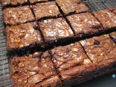 Bec's Dark and white choc brownie