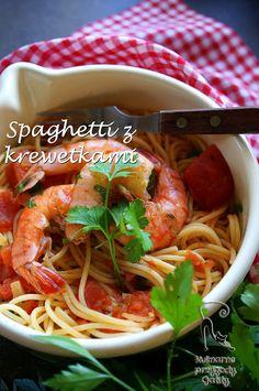 Kulinarne przygody Gatity: Spaghetti ze smażonymi pomidorami i krewetkami