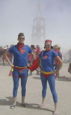 DIY Superhero Costume : DIY Four Capes from One Skirt :DIY Halloween DIY Costumes