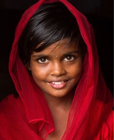 There is beauty in her eyes. Beautiful Smile, Simply Beautiful, Beautiful People, John Kenny, Precious Children, Beautiful Children, Children Photography, Portrait Photography, Cultures Du Monde