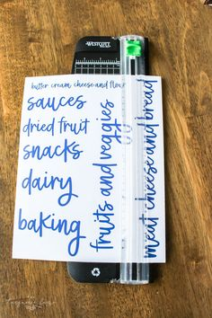 Customize and create: DIY Pantry labels using your Cricut – The Crazy Craft Lady – Experience Of Pantrys Kitchen Labels, Kitchen Buffet, Pantry Labels, Jar Labels, Kitchen Pantry, Kitchen Ideas, Canning Labels, Canning Recipes, Organizing Labels