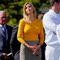 Ivanka Marie Trump, Ivanka Trump Photos, Ivanka Trump Style, Stephanie Mcmahon Hot, Beauty Lookbook, Trump Is My President, Look Fashion, Womens Fashion, First Lady Melania Trump