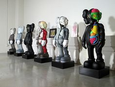 Google Image Result for http://iheartguts.com/wp-content/uploads/2010/05/kaws-aldrich-museum-contemporary-art-preview.jpg