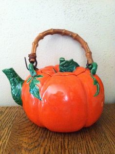 1940s Occupied Japan Tomato Ware Tea Pot wth by Wire9Vintage, $32.00