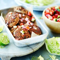 A healthier WW recipe for Spicy lamb and kidney bean patties ready in just Get the SmartPoints value plus browse other delicious recipes today! Fun Food, Good Food, Yummy Food, Lamb Mince Recipes, Ww Recipes, Healthy Recipes, Lettuce Wedge, Cucumber Salsa, Fresh Coriander
