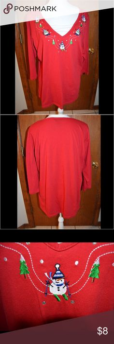White Stag Christmas shirt 3/4 length sleeve red Christmas shirt. Was $8 now $5  #86 White Stag Tops