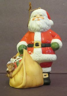 Franklin Mint 1988 Faces of Christmas Around the World Ornament Santa Claus