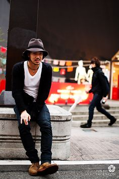 love how this japanese guy putting his clothes together to create this simple stylish look
