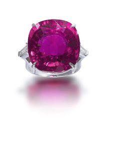 A rubellite tourmaline and diamond ring