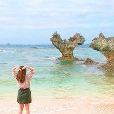 【___niko_yu】さんのInstagramをピンしています。 《#ハートロック#ハート岩#沖縄#海#青#空#ハート #古于利島 #いいね#Like#l4l#f4f #カメラ#景色#正月 #写真#photo#instagood#instalike #旅行》