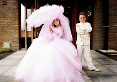 my big fat gypsy wedding dresses Gypsy Wedding Gowns, Huge Wedding Dresses, Wedding Dress Tumblr, My Big Fat Gypsy Wedding, Gipsy Wedding, Designer Wedding Dresses, Dream Wedding, Crazy Dresses, Flower Girl Dresses