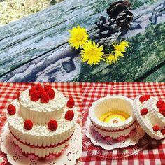 3D Cake box perler beads by rena_yuki